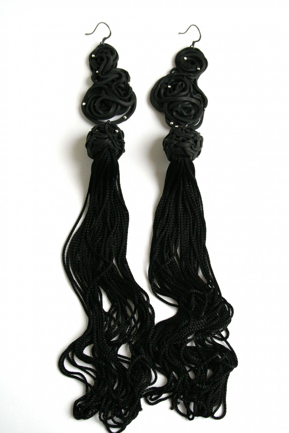 earrings-black-fringes-2-pieces