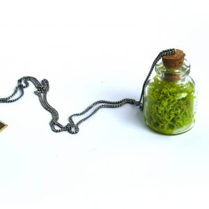 symbiosis-moss-necklace