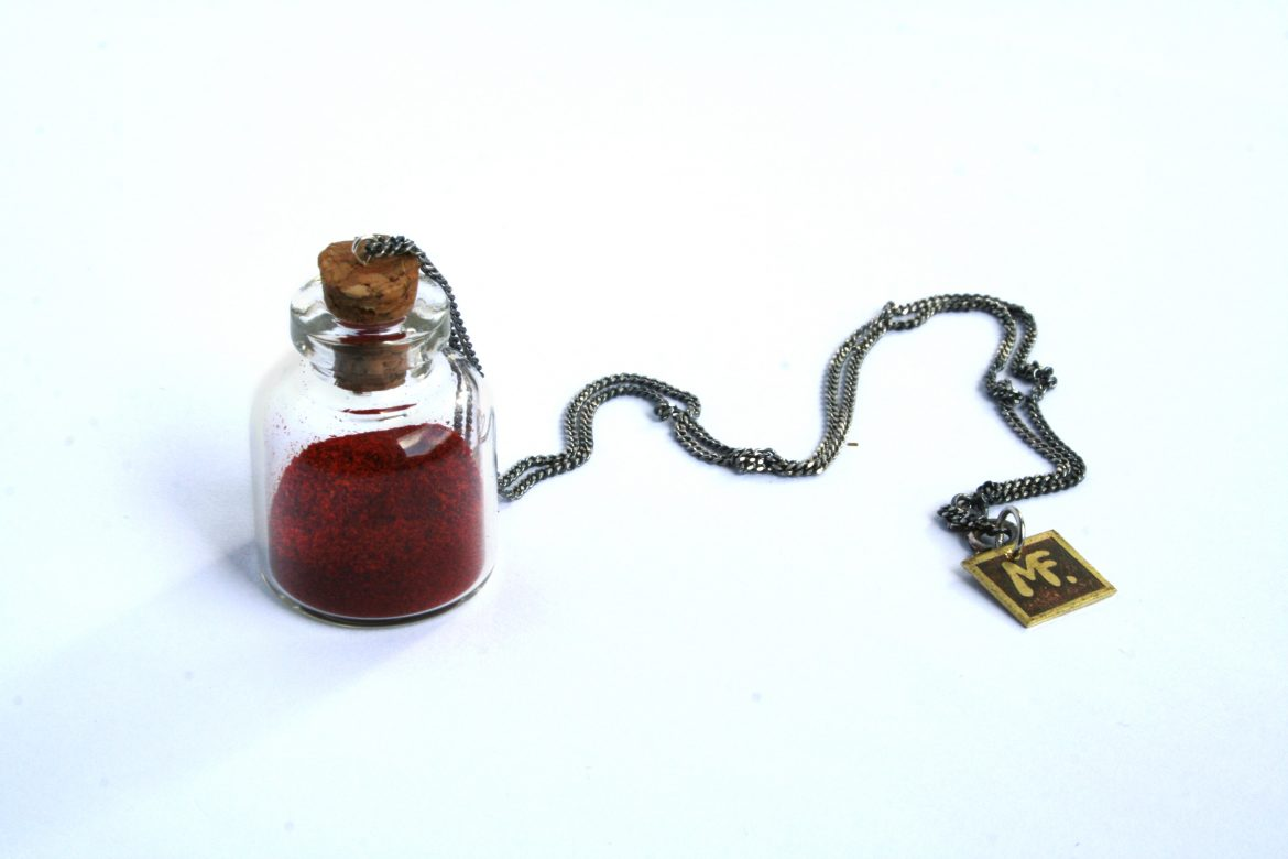 symbiosis-red-sand-necklace